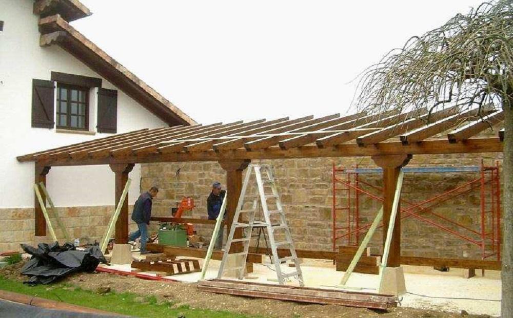 Construcción porche de madera cobertizos de madera en Bilbao